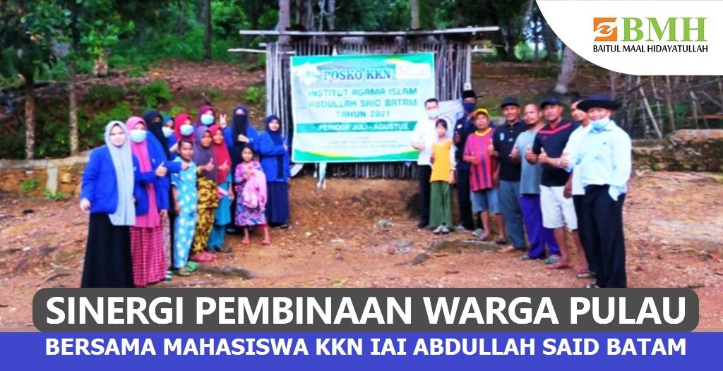 Sinergi Pembinaan Warga Pulau Bersama Mahasiswa KKN